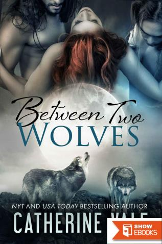 Between Two Wolves (BBW Paranormal Shapeshifter Menage Werewolf Romance)